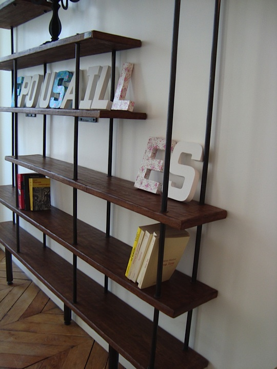 Meuble industriel l 39 esprit loft vos mesures etag re biblioth que b - Bibliotheque contemporaine en bois design ...